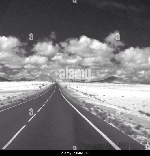 Straße nach Bergen auf Lanzarote Stockbild