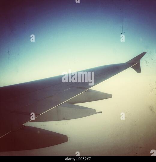 A380 Flugzeugflügel in Luft Stockbild