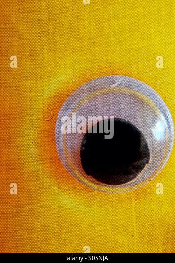 Nahaufnahme von einem Googly Augen Stockbild