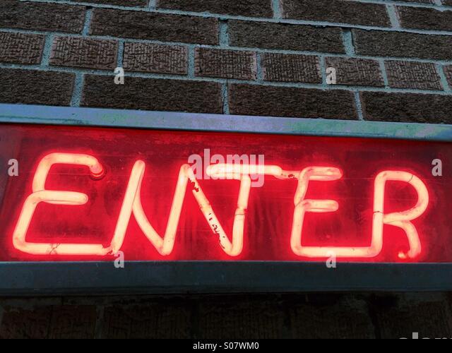 Neonlicht-Zeichen Stockbild