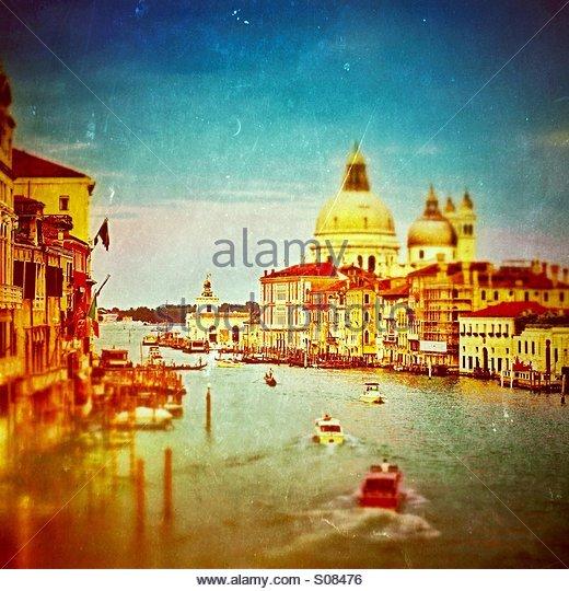 Alten Venedig - Canal Grande, Venedig, Italien betrachtet aus der Wissenschaft (geneigte Fokus) Stockbild