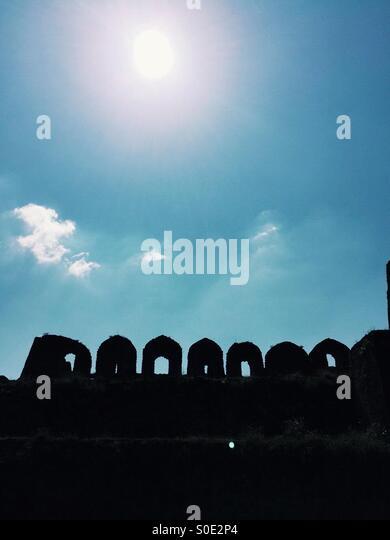 Silhouette von Rohtas Fort Jhelum Pakistan Stockbild