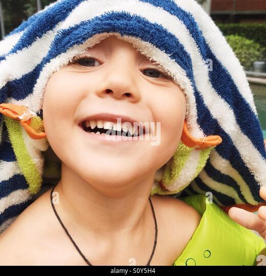 Porträt eines Kindes Spaß im Sommer Stockbild