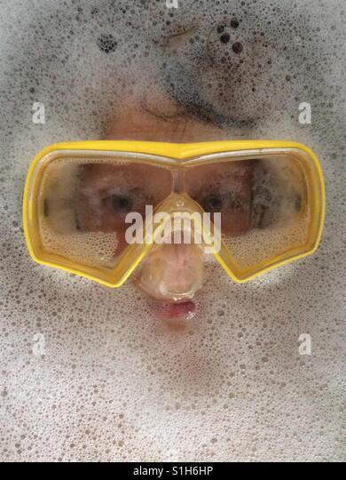 Badezeit-Schutzbrillen Stockbild