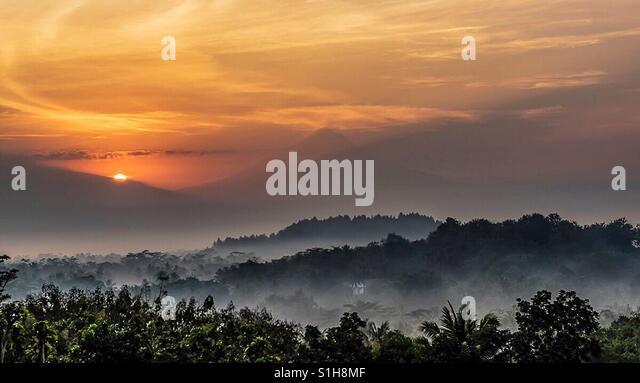 Eine halbe Schönheit Sonnenaufgang Stockbild
