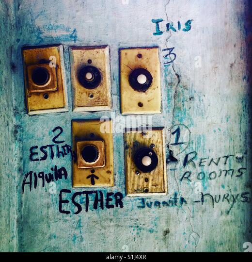 Sicherheit Gegensprechanlage Glocken für Havanna Wohnungen Stockbild
