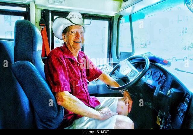 Amerikanischen Schulbusfahrer. Stockbild