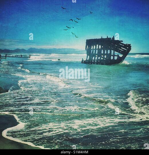 Schiffbruch auf der Oregon Küste Stockbild