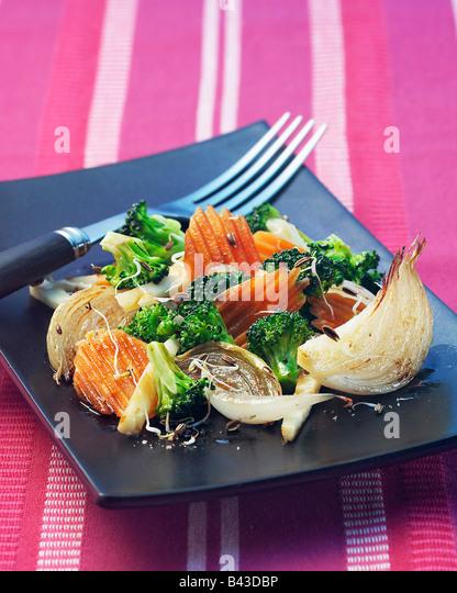 Poêlée de légumes aux germes Photo Stock