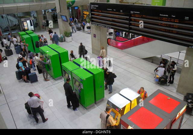 ratp metro photos ratp metro images alamy. Black Bedroom Furniture Sets. Home Design Ideas