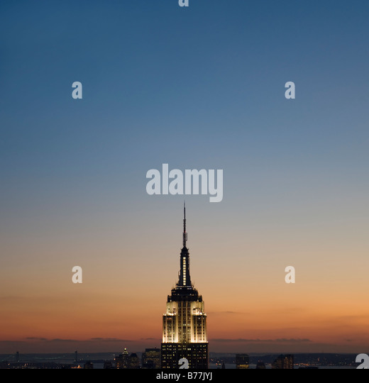 Vista al tramonto di Empire State Building Immagini Stock