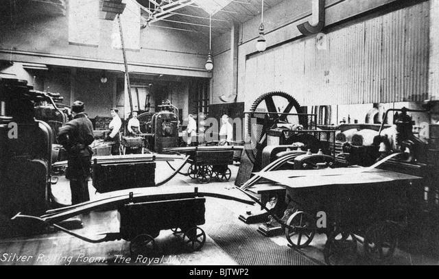 Il Silver camera di laminazione, il Royal Mint, Tower Hill, London, nei primi anni del XX secolo. Immagini Stock