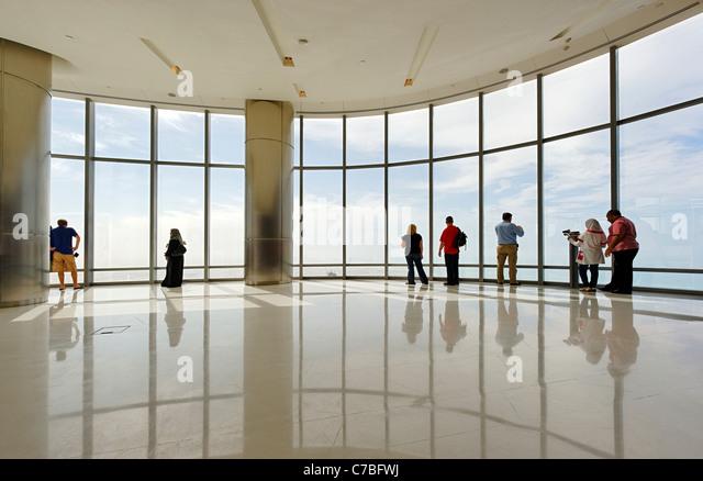 A plataforma de observação mais alta do mundo, no topo, Burj Khalifa, a torre mais alta do mundo, Dubai, Imagens de Stock