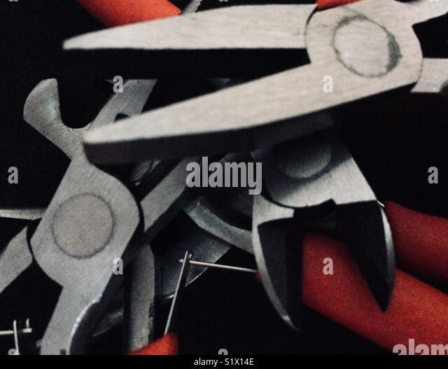 Um conjunto de alicates Alicates Miniatura. Imagens de Stock